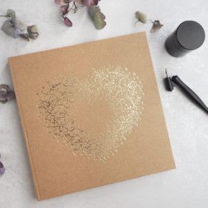 "Gästebuch Kraftkarton ""Goldenes Herz"""