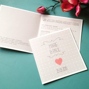 """Hochzeitseinladung """"Herzchen"""" quadratisch"""