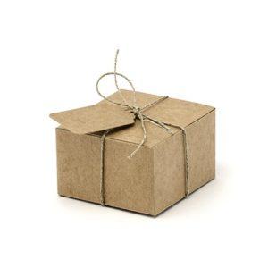 Geschenkboxen eckigmit Anhänger & Garn · 10 Stück